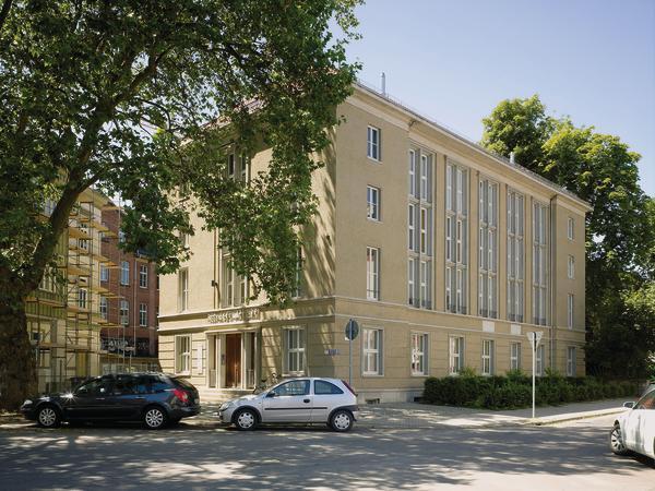 Architektur Erfurt erfurt hörsaal wird zum wohn und geschäftshaus hörsaalwohnen db