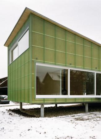 bauen mit stroh vom acker in die wand sepsitename. Black Bedroom Furniture Sets. Home Design Ideas