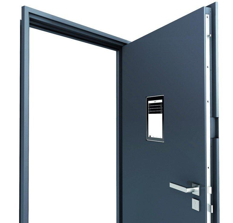 Türen_werden_smart:_Beim_Prototypen_der_Teckentrup-Abschlusstür_ist_es_möglich,_ein_Tablet_in_das_Bauelement_zu_integrieren_und_darüber_viele_Steuerungsfunktionen_auszuführen._Foto:_Teckentrup