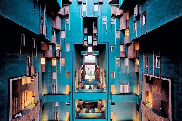 spaniens architektur der moderne db deutsche bauzeitung. Black Bedroom Furniture Sets. Home Design Ideas
