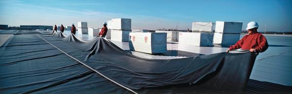material und verarbeitungseigenschaften von epdm dachbahnen hersteller fachbeitrag von. Black Bedroom Furniture Sets. Home Design Ideas