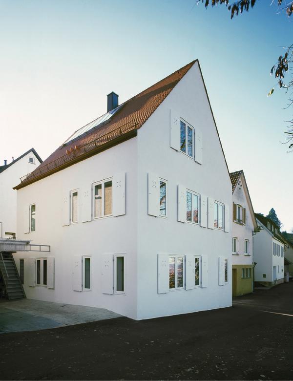 minimalistisches Haus Dachterrasse Glas Geländer