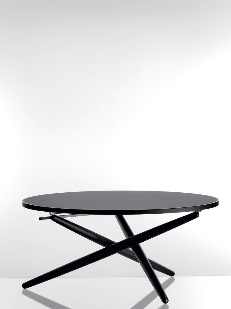 tisch mit aufzug db deutsche bauzeitung. Black Bedroom Furniture Sets. Home Design Ideas