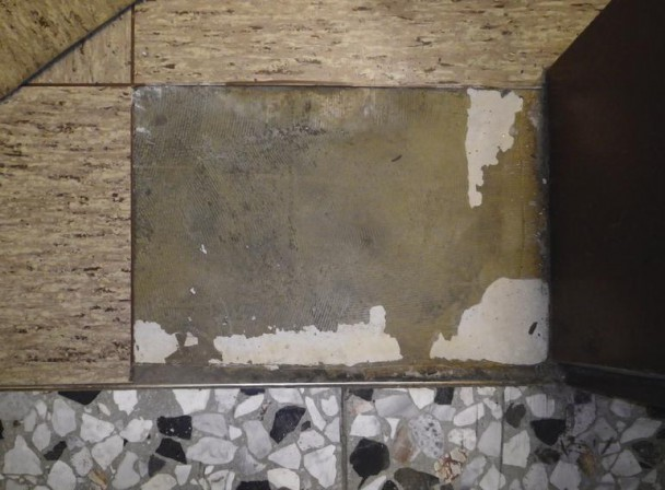Vom Umgang Mit Asbesthaltigen Spachteln Klebern Und Putzen