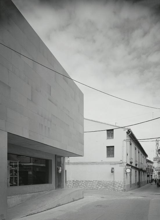 Jugendzentrum bei valencia architektur sozialer raum for Architektur valencia
