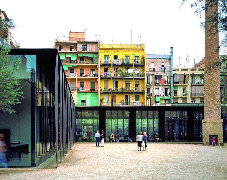 der pritzker preis 2017 geht an das katalanische b ro rcr. Black Bedroom Furniture Sets. Home Design Ideas