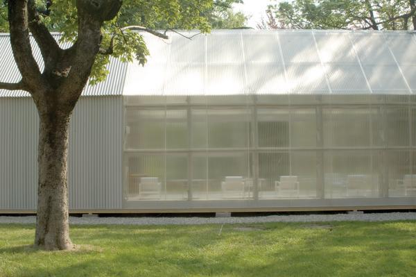 shigeru bans papierpavillon bewusste zweck entfremdung db deutsche bauzeitung. Black Bedroom Furniture Sets. Home Design Ideas