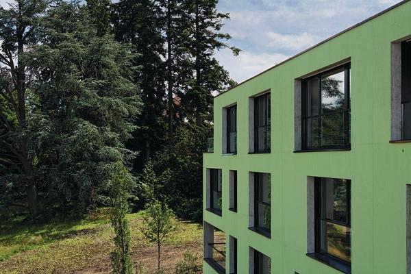 Fassadenfarbe grüntöne  Felsen im Park %sepsitename%%