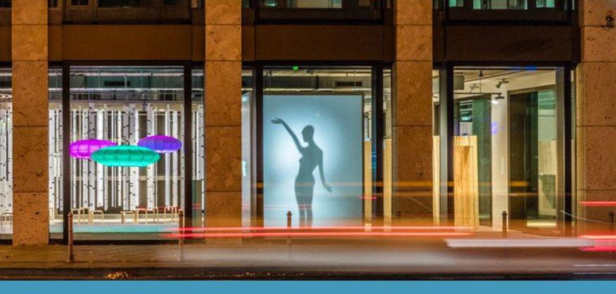ampelphase in frankfurt a m same same but different. Black Bedroom Furniture Sets. Home Design Ideas