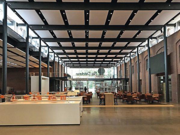 Ausstellungshalle_Big_Dutchman.jpg