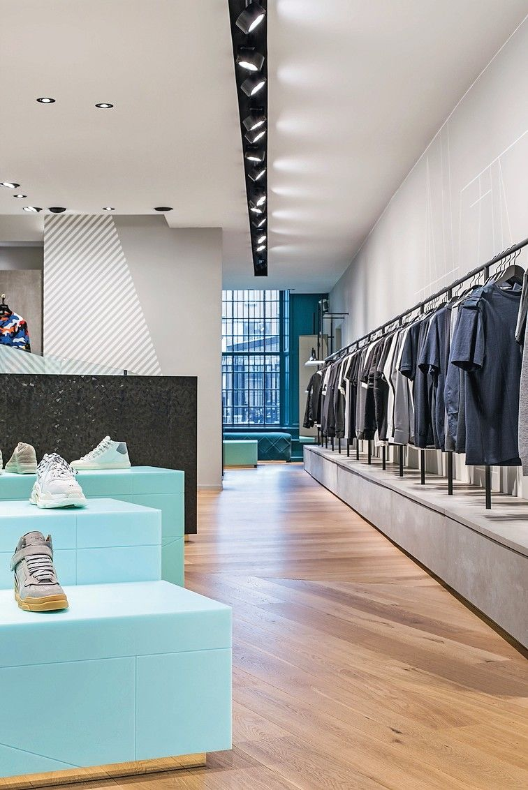 Eleganza_Clothes_Shop,_Utrecht._Interior_Design_by_The_Invisible_Party,_Amsterdam.___Photographer:_Sal_Marston_Photography