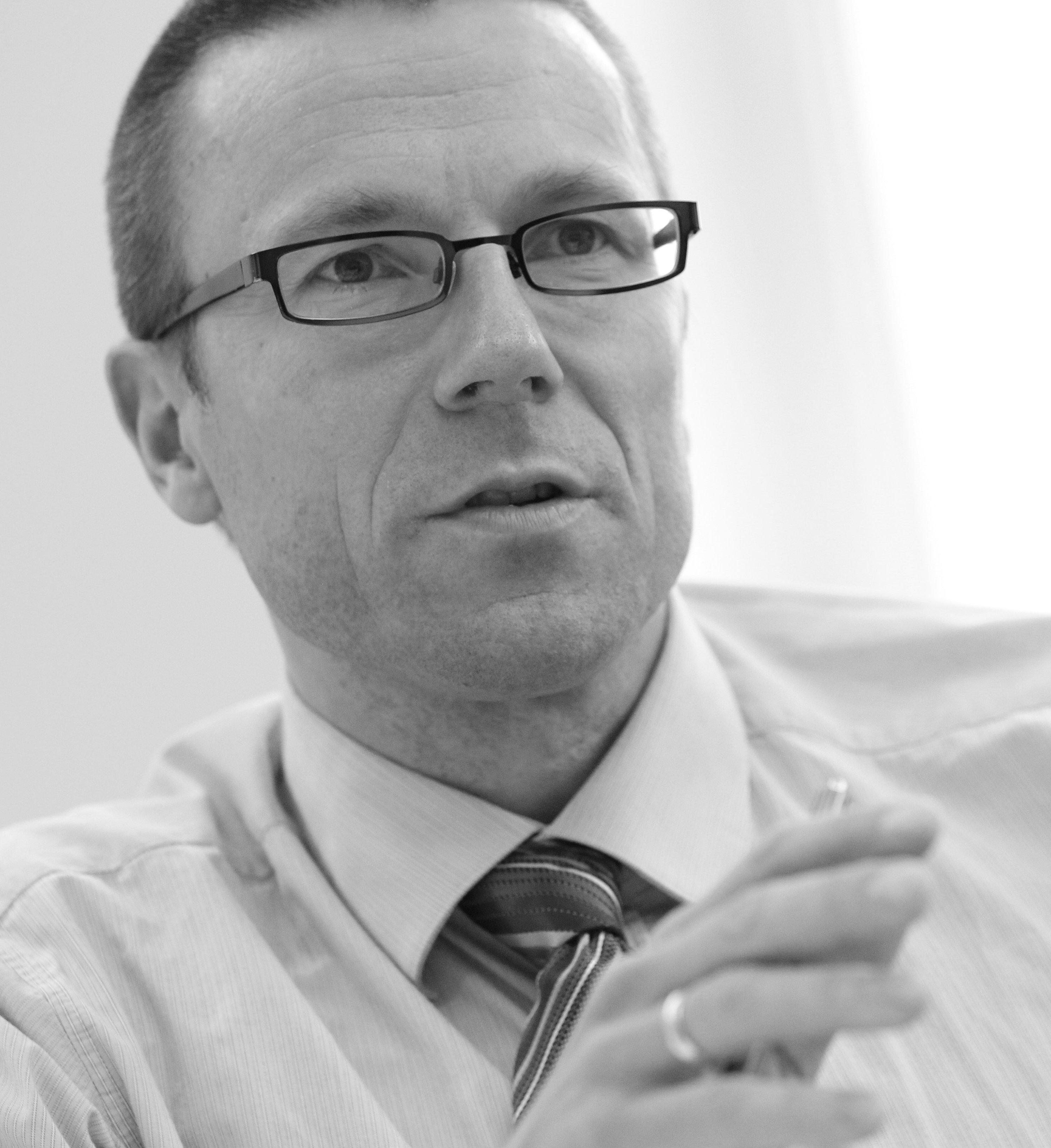 Prof. Dr. Uwe Schneidewind | Foto: Olaf Rayermann Fotodesign