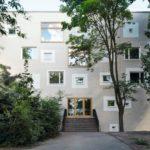 Waldorfschule Berlin, Blick auf die Straßenfassade