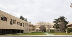 Psychiatrisches Zentrum in Pamplona (E)