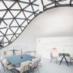 Restaurant in der Niemeyer-Sphere von Oscar Niemeyer in Leipzig