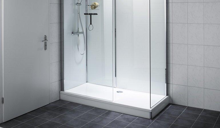dusche auf wanne von repabad b der altersgerecht umbauen sepsitename. Black Bedroom Furniture Sets. Home Design Ideas