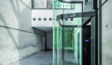 Galerie Café in Düsseldorf (Corneille Uedingslohmann Architekten)